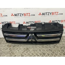 06-12 FRONT RADIATOR GRILLE