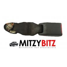 L/H REAR SEAT LAP BELT CATCH CLIP RECEIVER RECEPTICLE