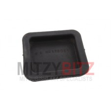 CLUTCH HOUSING INSPECTION HOLE COVER,