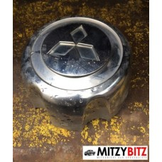 CENTRE WHEEL HUB CAP ( MMC LOGO TYPE )