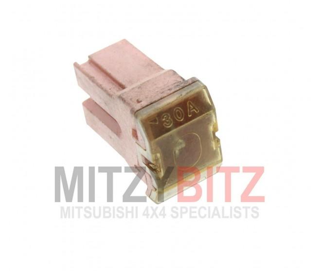 30 AMP PINK PUSH IN FUSE (DOME STYLE) FOR A MITSUBISHI PAJERO/MONTERO - V45W