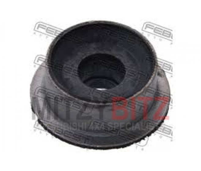 RADIATOR SUPPORT MOUNT / INSULATOR FOR A MITSUBISHI L200 - K74T