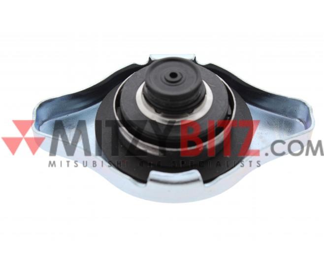 0.9 BAR RADIATOR CAP FOR A MITSUBISHI L200 - KA4T