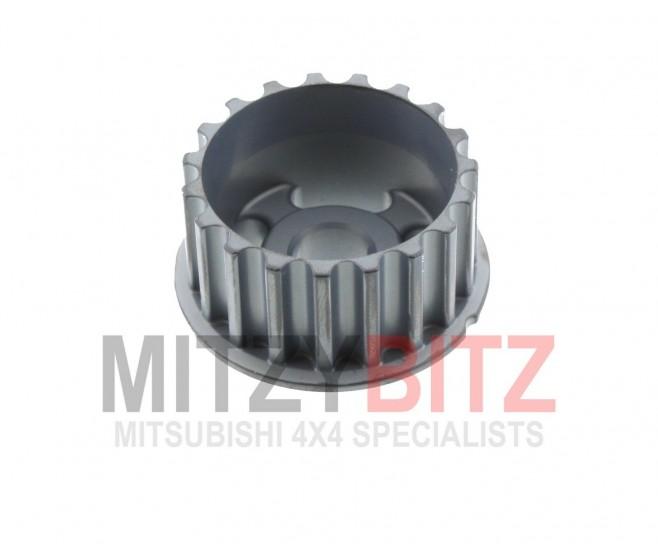 SMALL BALANCER SHAFT DRIVE SPROCKET FOR A MITSUBISHI L200 - KA4T
